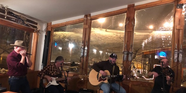 Friday Night Music live in the Missing Lynx Saloon throughout ski season.